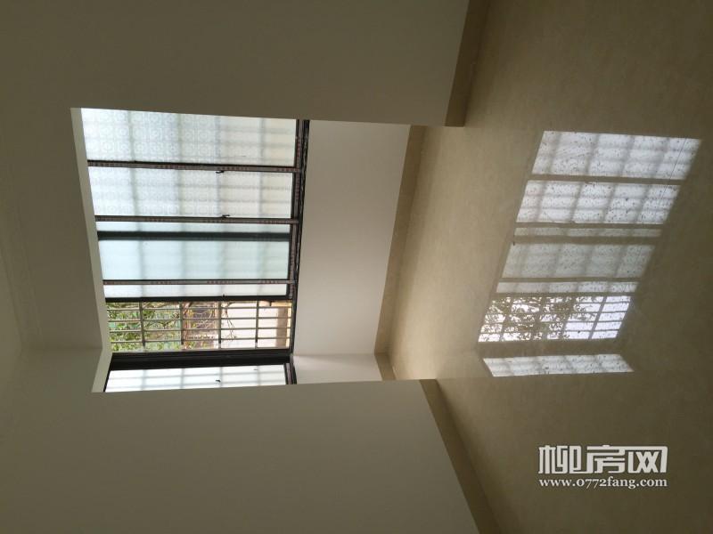 新装修好精装柳太路柳工生活南区对面柳工颐华城一楼低价急售
