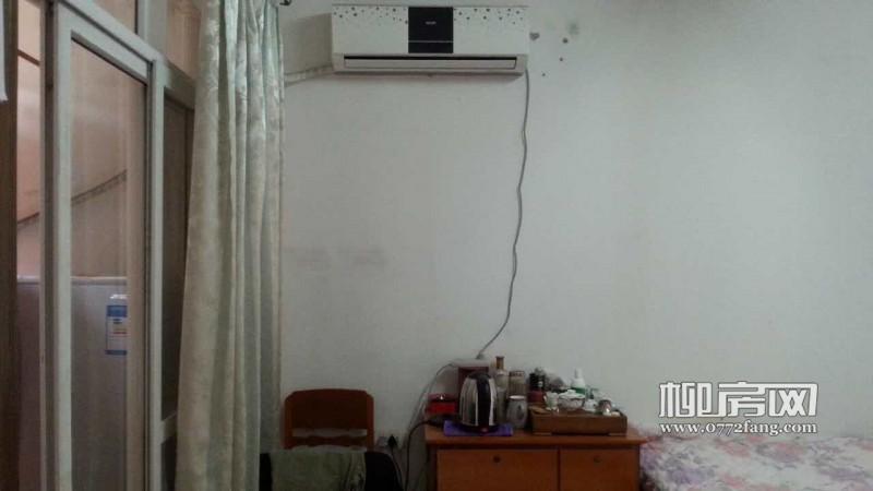 城中河东书香园 1室1厅 50平米 中等装修 押一付一